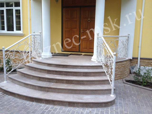цвета кованые фото белого лестницы