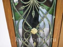Кованая вставка в дверь