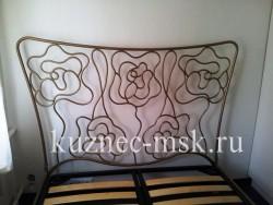 Кровать кованая Розы