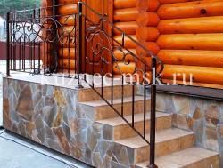 Ковка на лестницу в деревянном доме