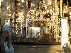 Массивные откаточные ворота, ковка