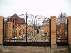 Кованая калитка и ворота