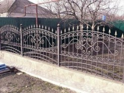 Забор ковка с пиками