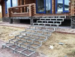 Металлическая лестница фото №2
