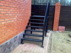 Металлическая лестница фото №7