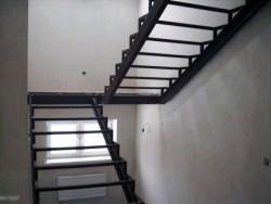 Металлическая лестница фото №8