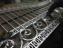 Обработка ворот после горячего цинкования